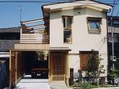 東住吉草屋根の家