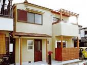 武庫川のほとりの家