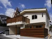 六甲の草屋根